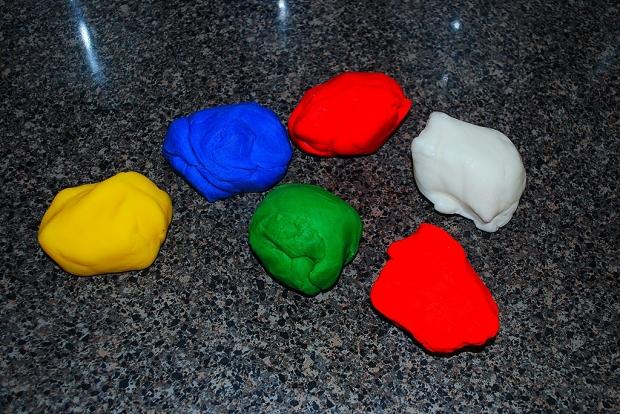 Renkli Şeker Hamurlar